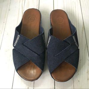Johnston & Murphy Blue Polka Dot Slip On Sandal 10